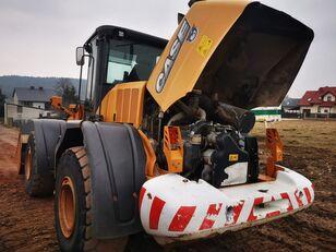 chargeuse sur pneus CASE 921 F
