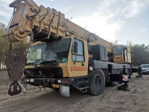 grue mobile GROVE Grove 160ton crane