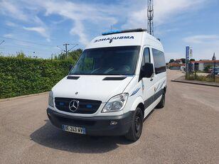 ambulance MERCEDES-BENZ SPRINTER 216 CDI